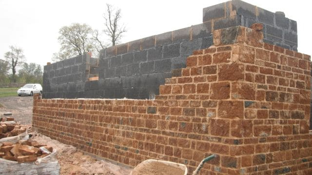 ironstone-new-build-higher-walls