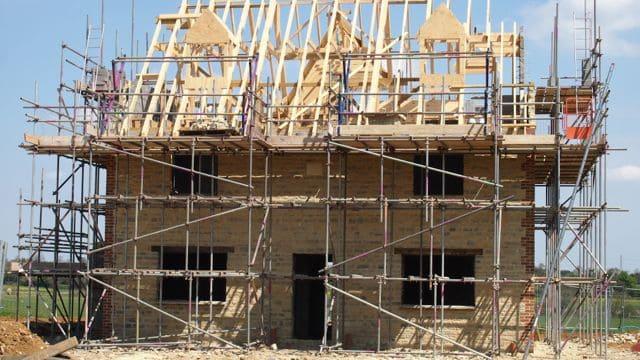 new-build-house-attic-trusses