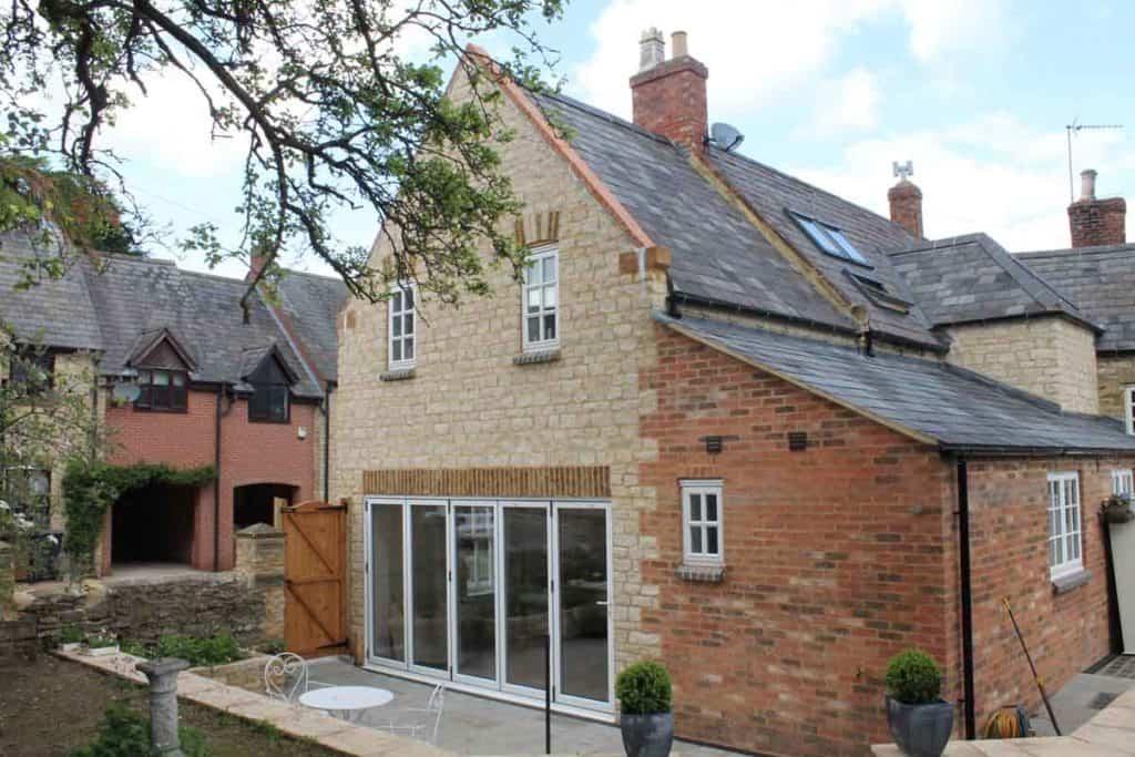 stone-extension-refurbishment-split-level-garden