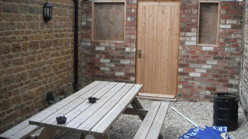 listed-pub-extension-outdoor-space