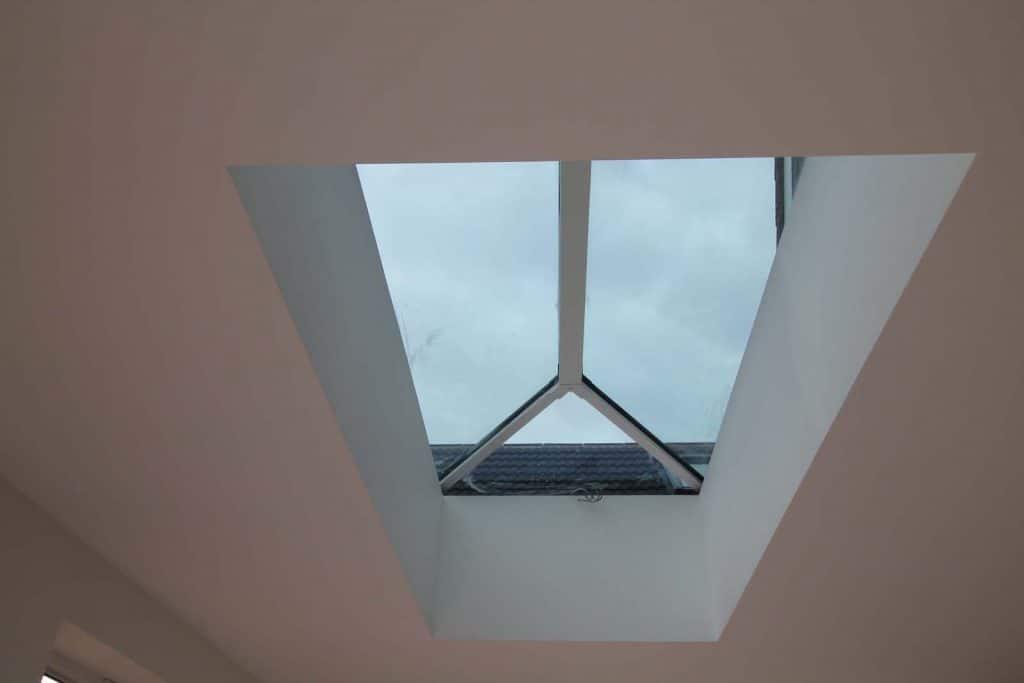aluminium-lantern-maximise-light-design-feature